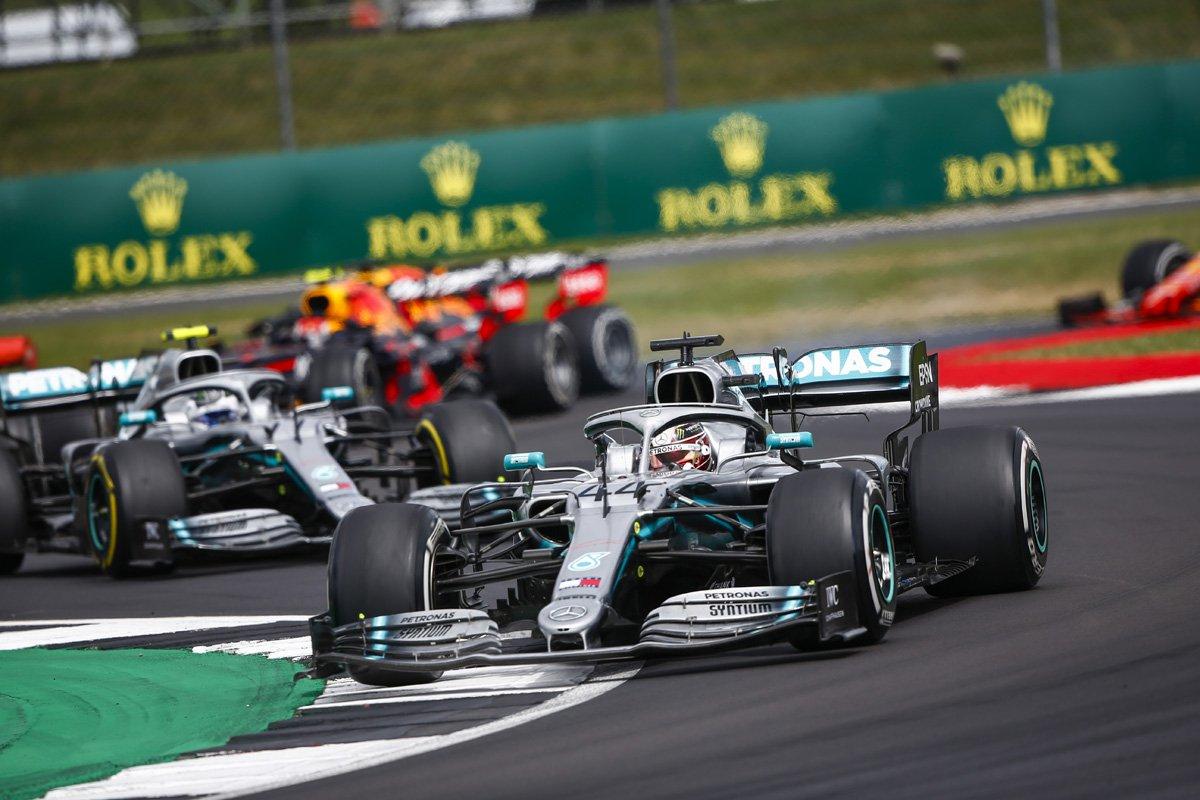 F1 ピレリ メルセデス