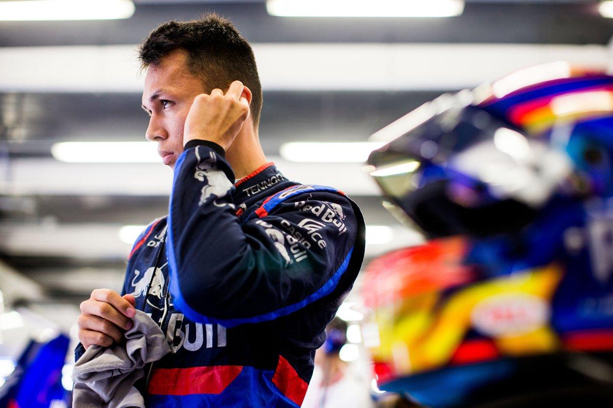 F1 レッドブル アレクサンダー・アルボン
