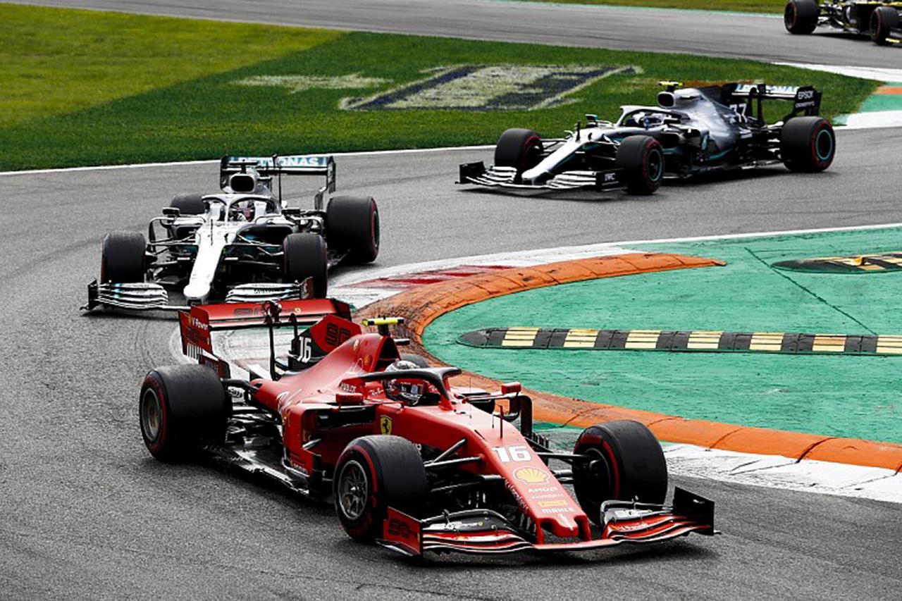 F1 シャルル・ルクレール「ベッテルの脱落でメルセデスは戦略で仕掛けてきた」