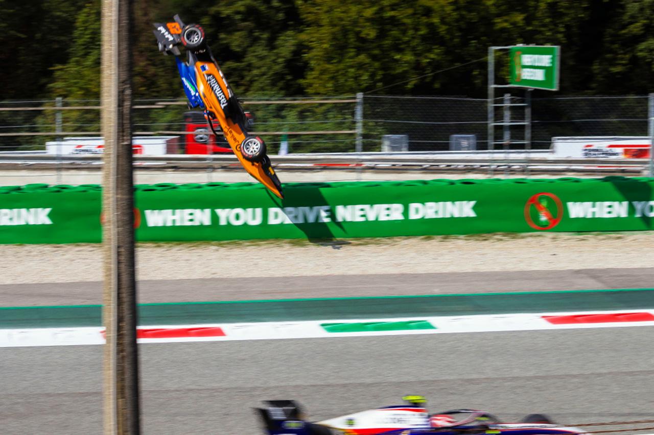 """F1レースディレクター、サーキットの""""反射的""""な変更を否定"""