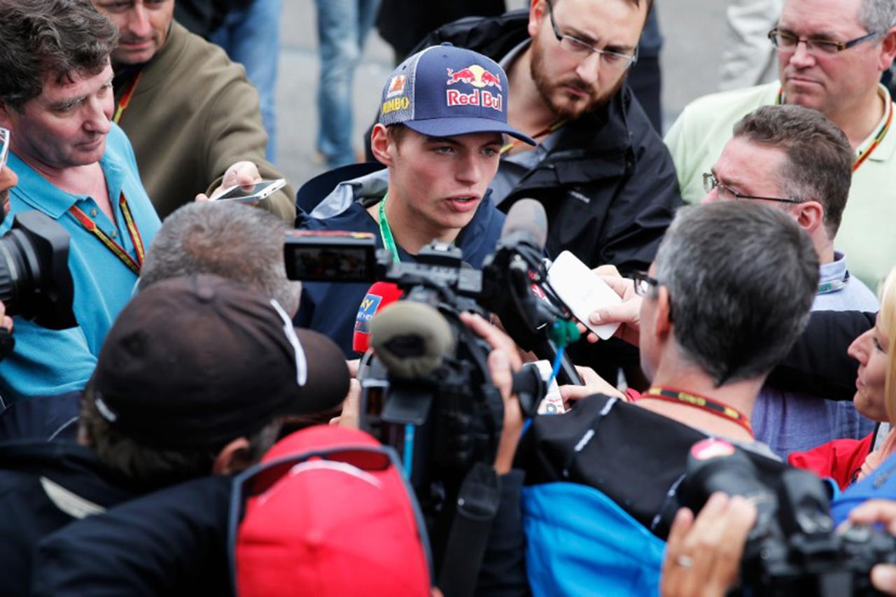 メルセデス 「フェルスタッペンのF1への到着は我々にとって早すぎた」