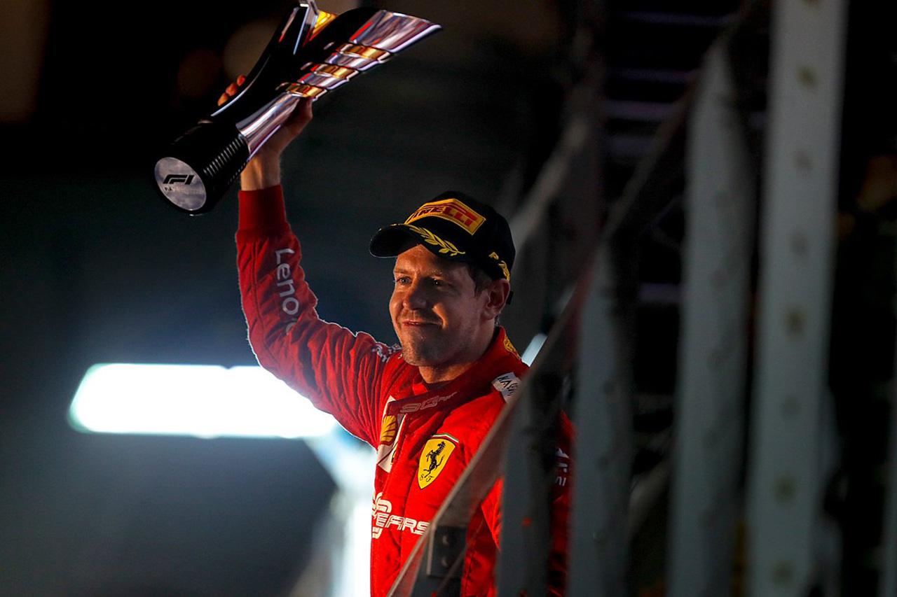 セバスチャン・ベッテル、待望の今季初優勝「素晴らしいレースだった」 / F1シンガポールGP
