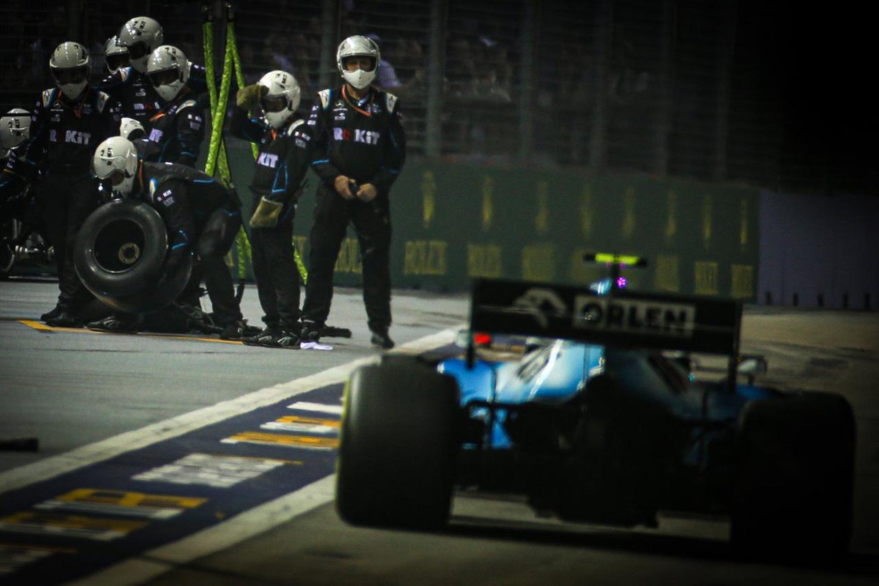 ウィリアムズ、連続完走記録が途絶える / F1シンガポールGP