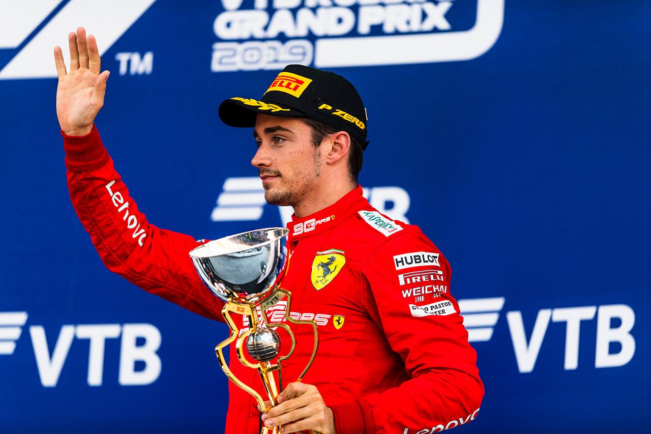 フェラーリF1代表 「ルクレールは無線で言うべきことを学ぶ必要がある」