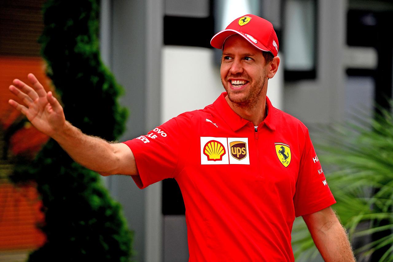 セバスチャン・ベッテル、F1ロシアGP後にチーム代表と話し合い