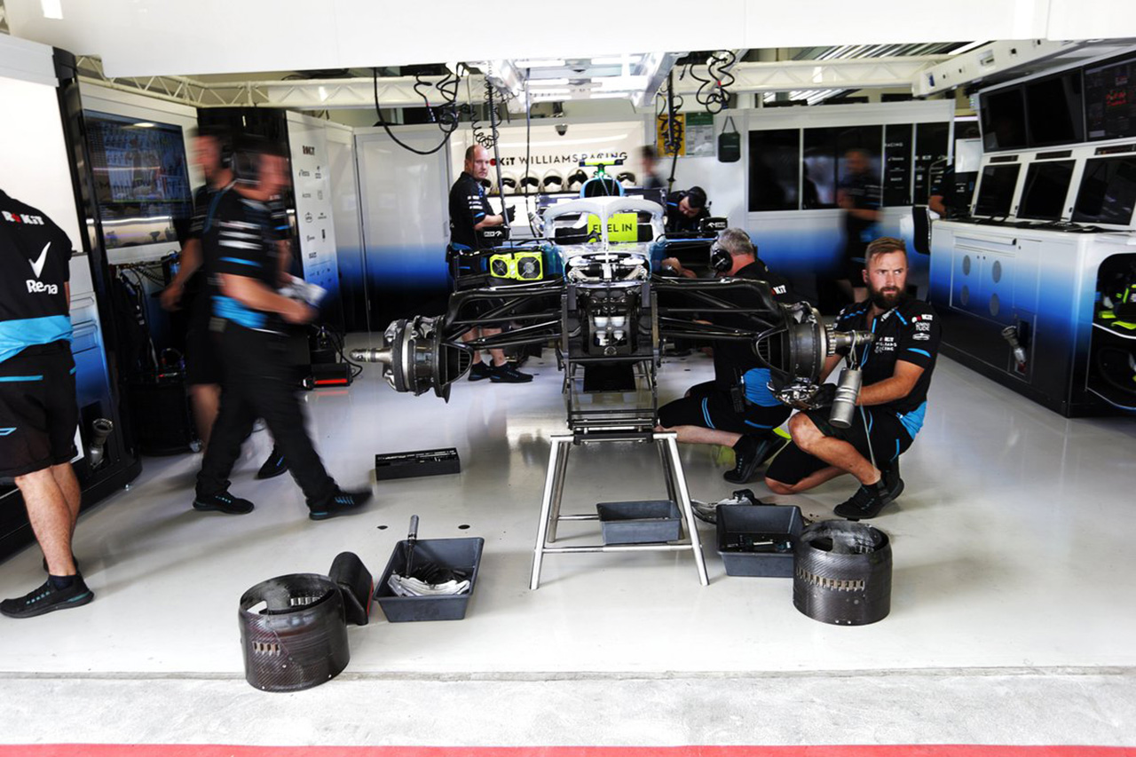 ウィリアムズ、F1日本GPで実験的なフロントウイングをテスト