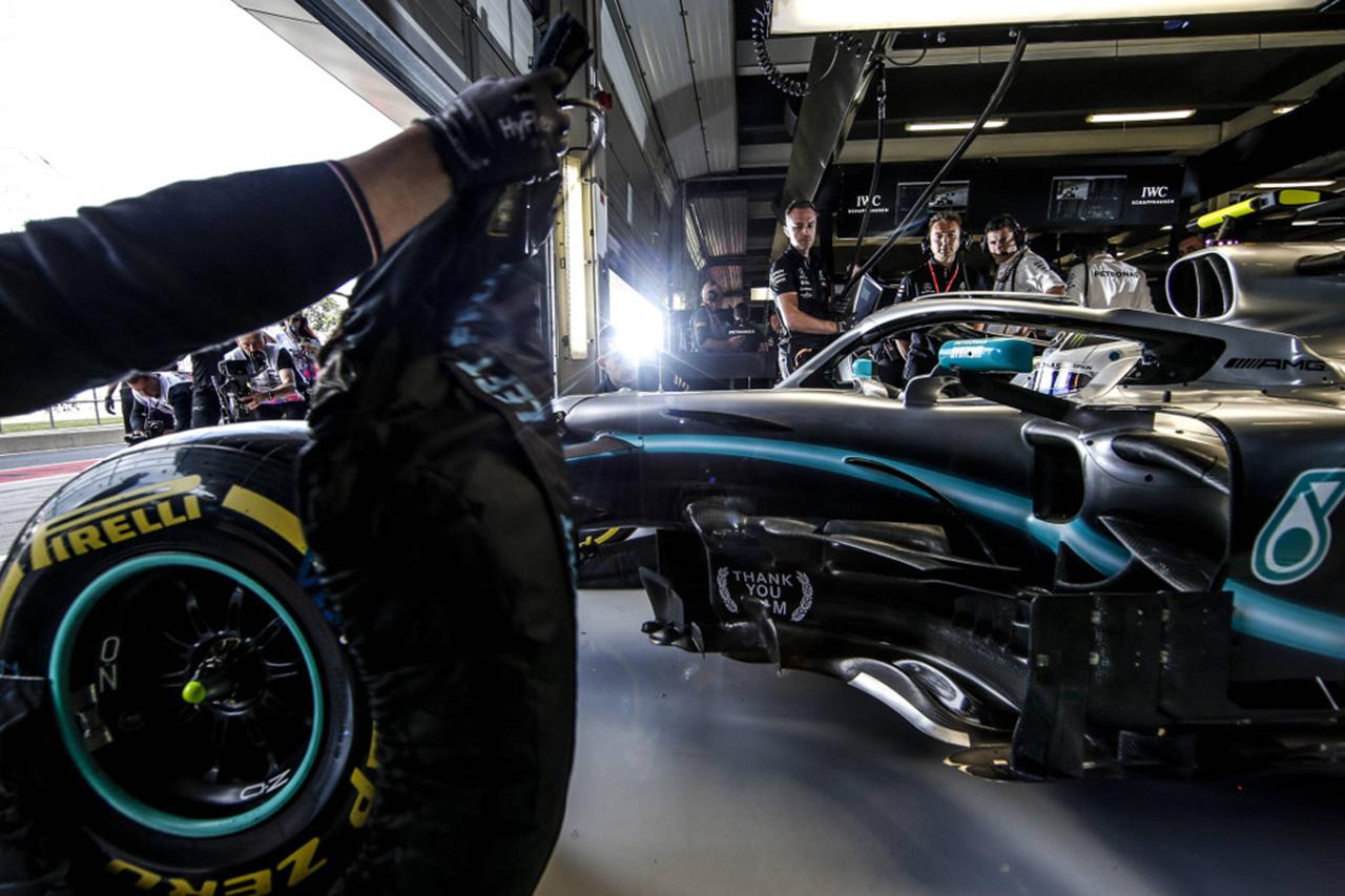 F1:2021年のタイヤウォーマーの廃止を見送り
