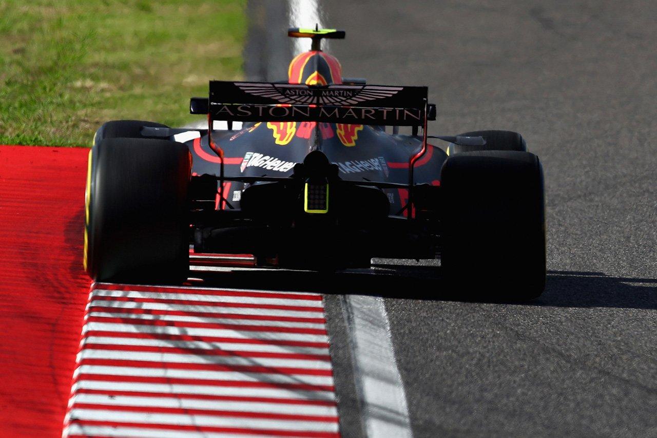 レッドブルF1首脳 「レースペースではメルセデスとほぼ互角」