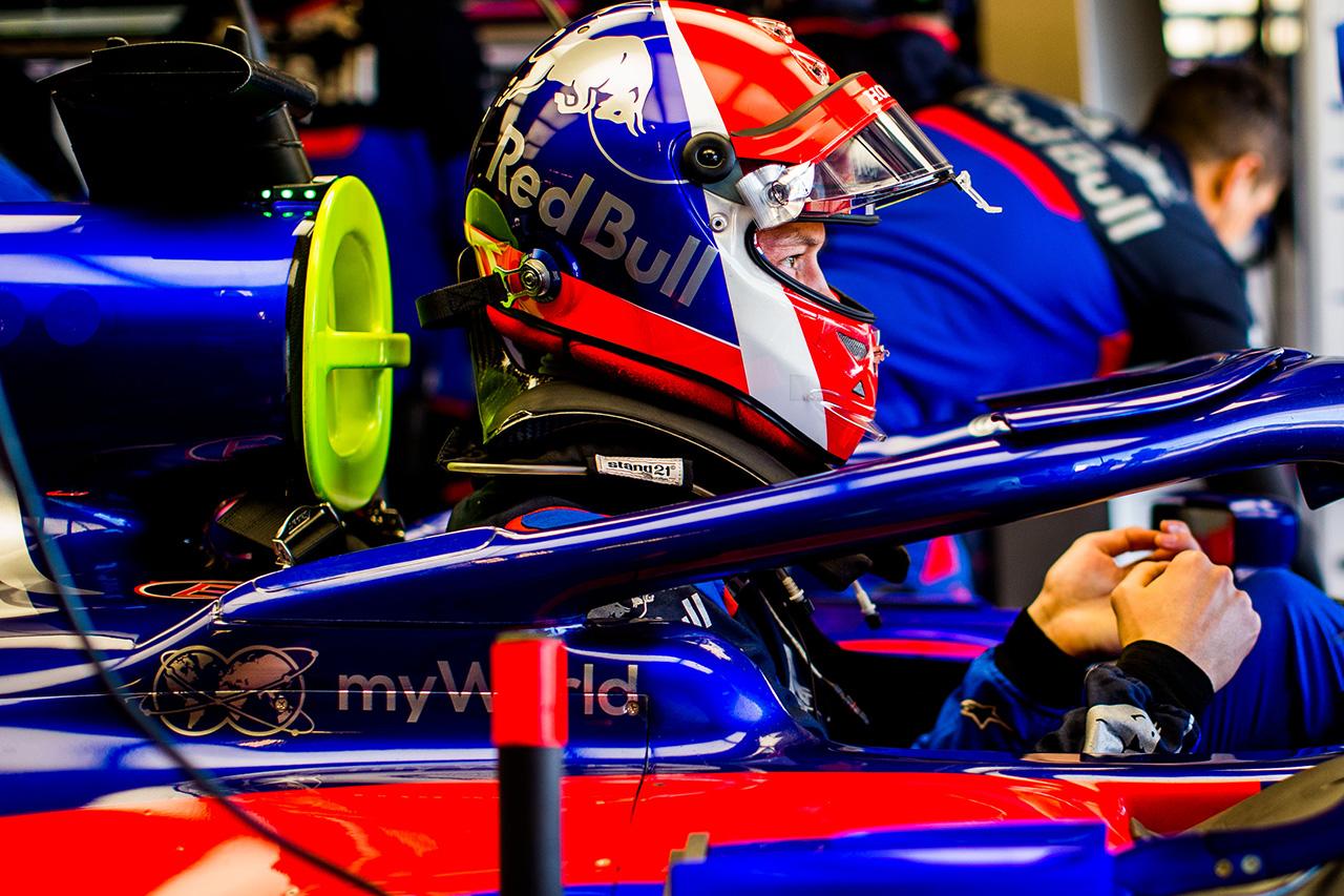 ダニール・クビアト 「コーナーを改善できるし、まだ向上が見込める」 / トロロッソ・ホンダ F1アメリカGP 初日