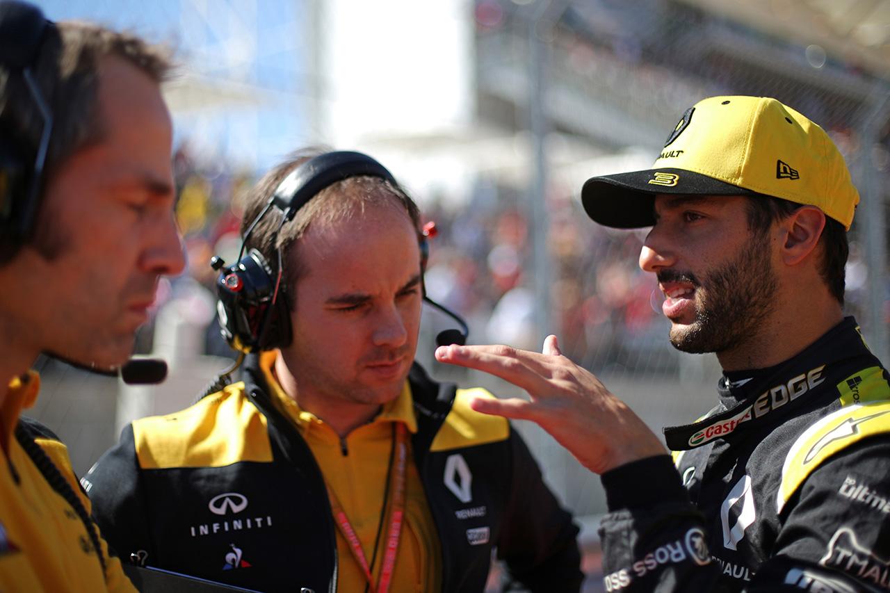 ダニエル・リカルド 「ルノーF1での中団バトルで新たなスキルが身についた」