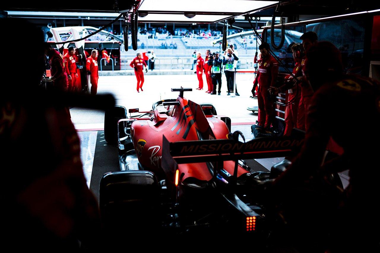 """フェラーリのF1エンジンの""""不正行為""""疑惑に新たな技術指令が発行"""