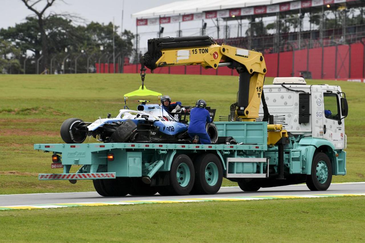 ロバート・クビサ 「ハースが縁石を濡らしたことによる不運なクラッシュ」 / F1ブラジルGP初日