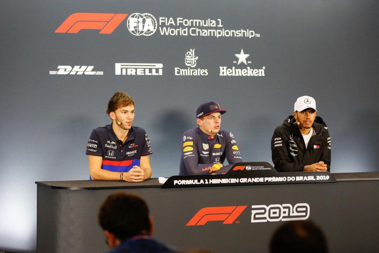 フェルスタッペン&ハミルトン、ガスリーのF1初表彰台を祝福