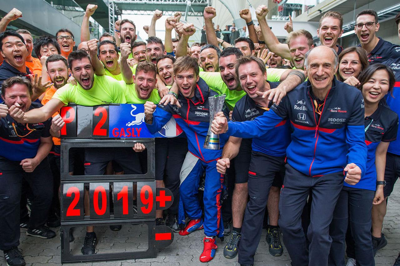 トロロッソF1代表 「同士討ちのフェラーリに感謝しなければならない」