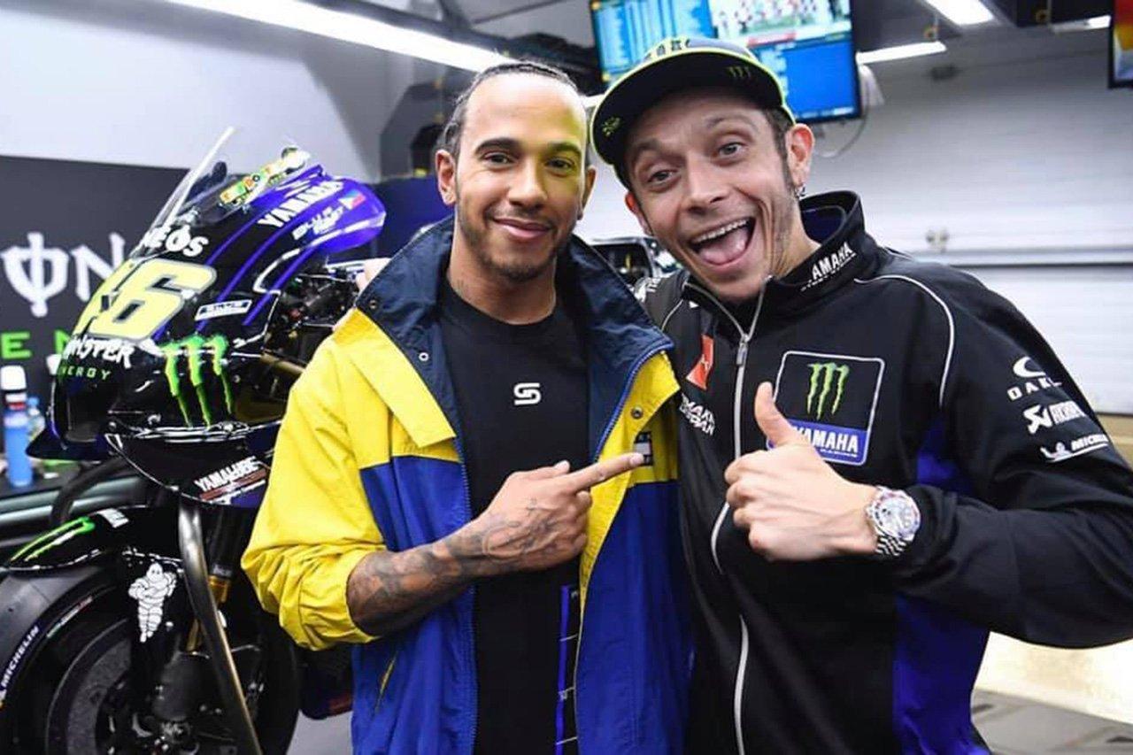 ルイス・ハミルトン 「MotoGPマシンを試す機会に本当に興奮している」