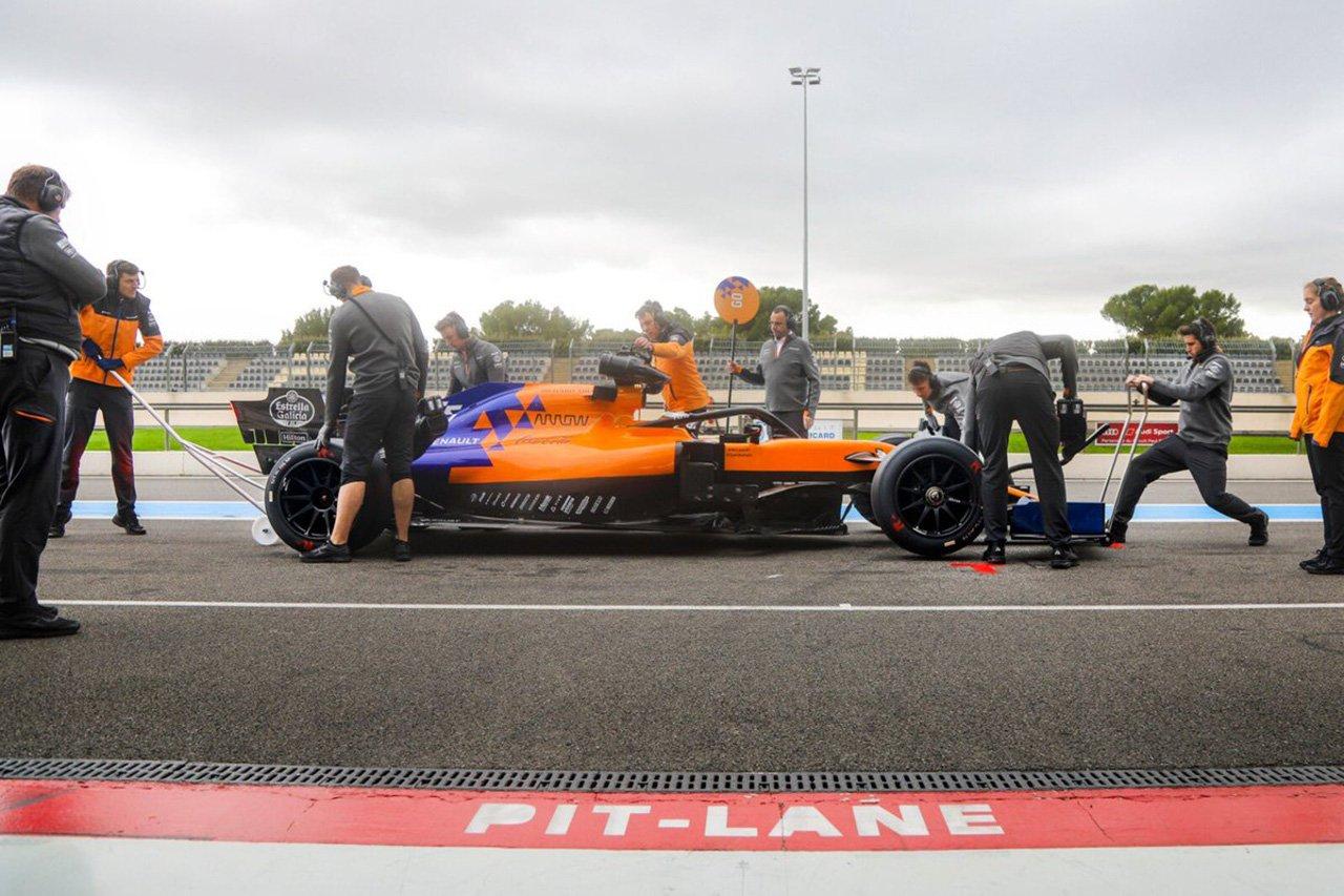 カルロス・サインツ 「18インチF1タイヤでもドライビングスタイルは同じ」