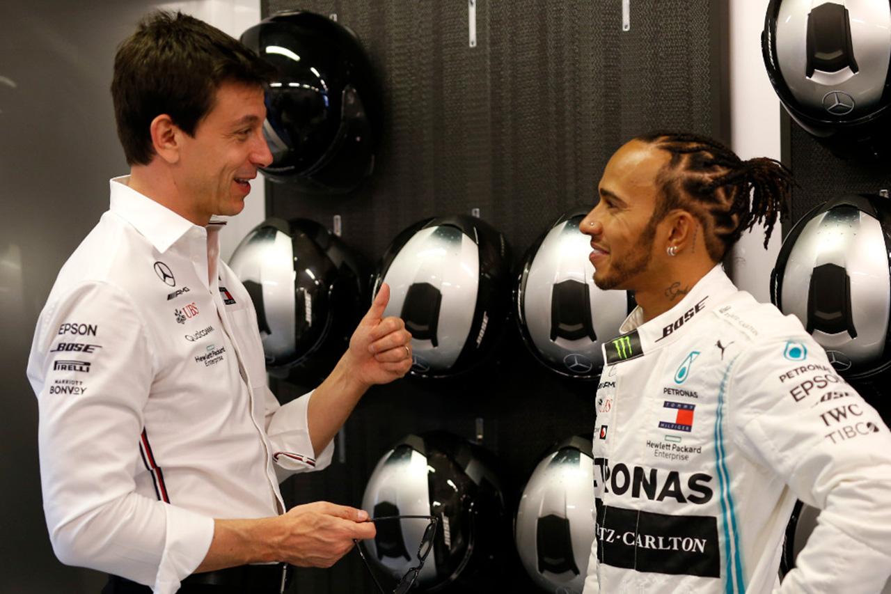 メルセデスF1代表 「ハミルトンとフェラーリが面談することは問題ない」