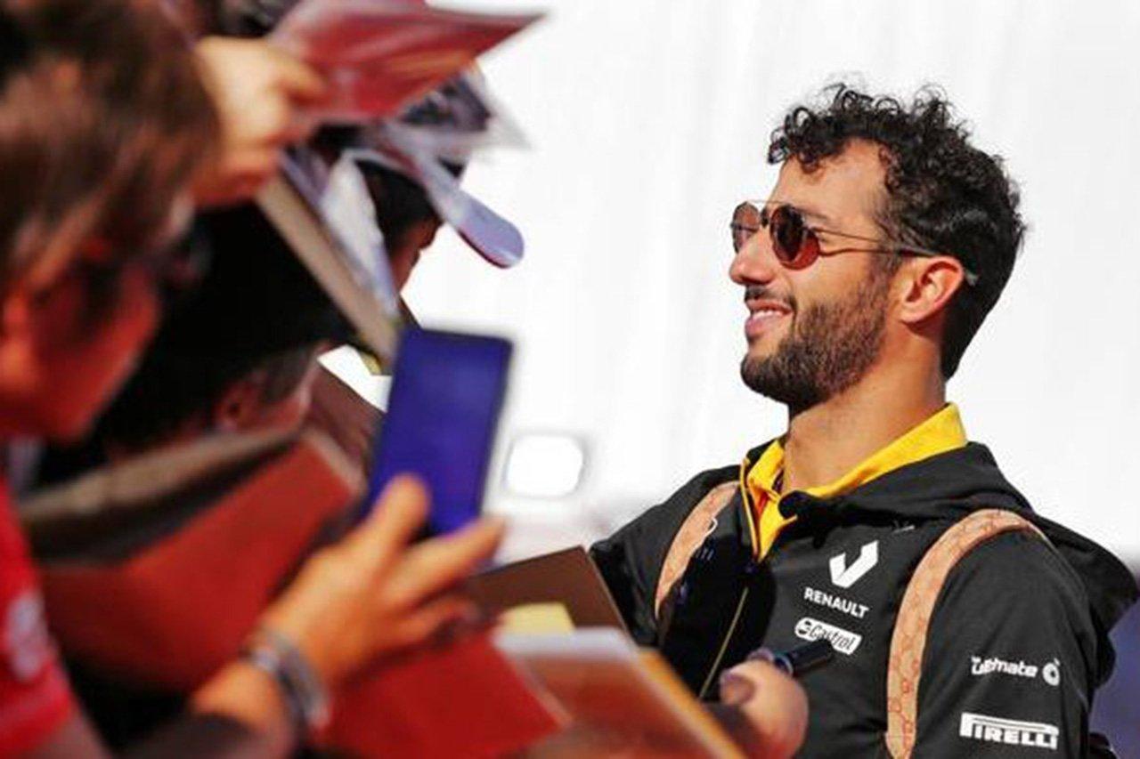 「ダニエル・リカルドはフェラーリと契約を結んでいた」とF1解説者