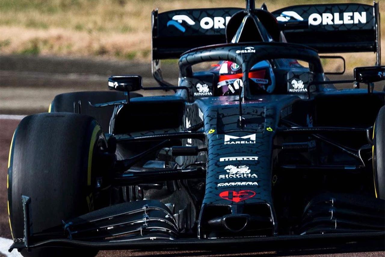 【F1動画】 アルファロメオ・レーシング C39 シェイクダウン