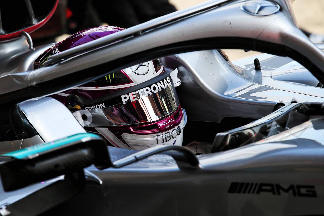 ルイス・ハミルトン、初日最速も「多くの走行距離を重ねることが重要」 / F1バルセロナテスト1日目