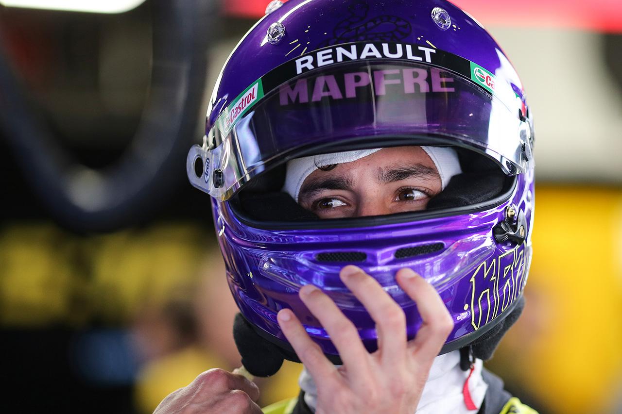 F1:ダニエル・リカルド、コービー・ブライアント追悼ヘルメット