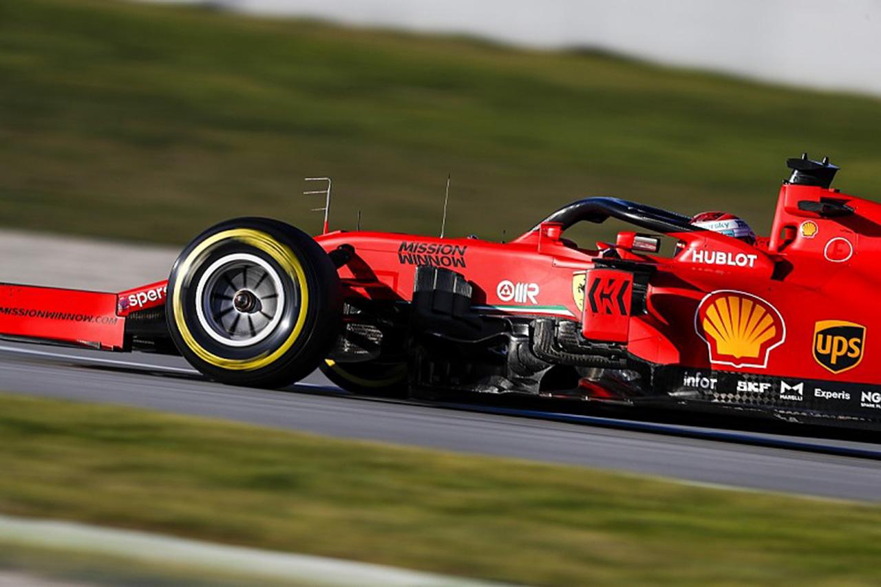 フェラーリF1 「メルセデス型のステアリングシステムを検討していた」