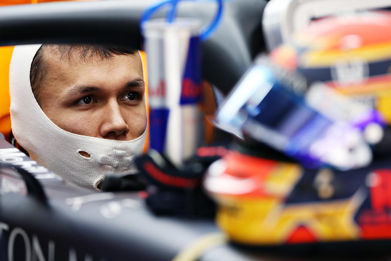 アレクサンダー・アルボン「レッドブル・ホンダは正しい方向に進んでいる」 / F1バルセロナテスト 2日目