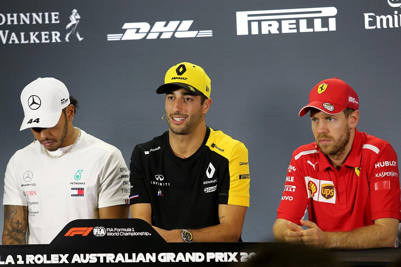 F1オーストラリアGP:記者会見に出席するドライバーおよびチーム代表者
