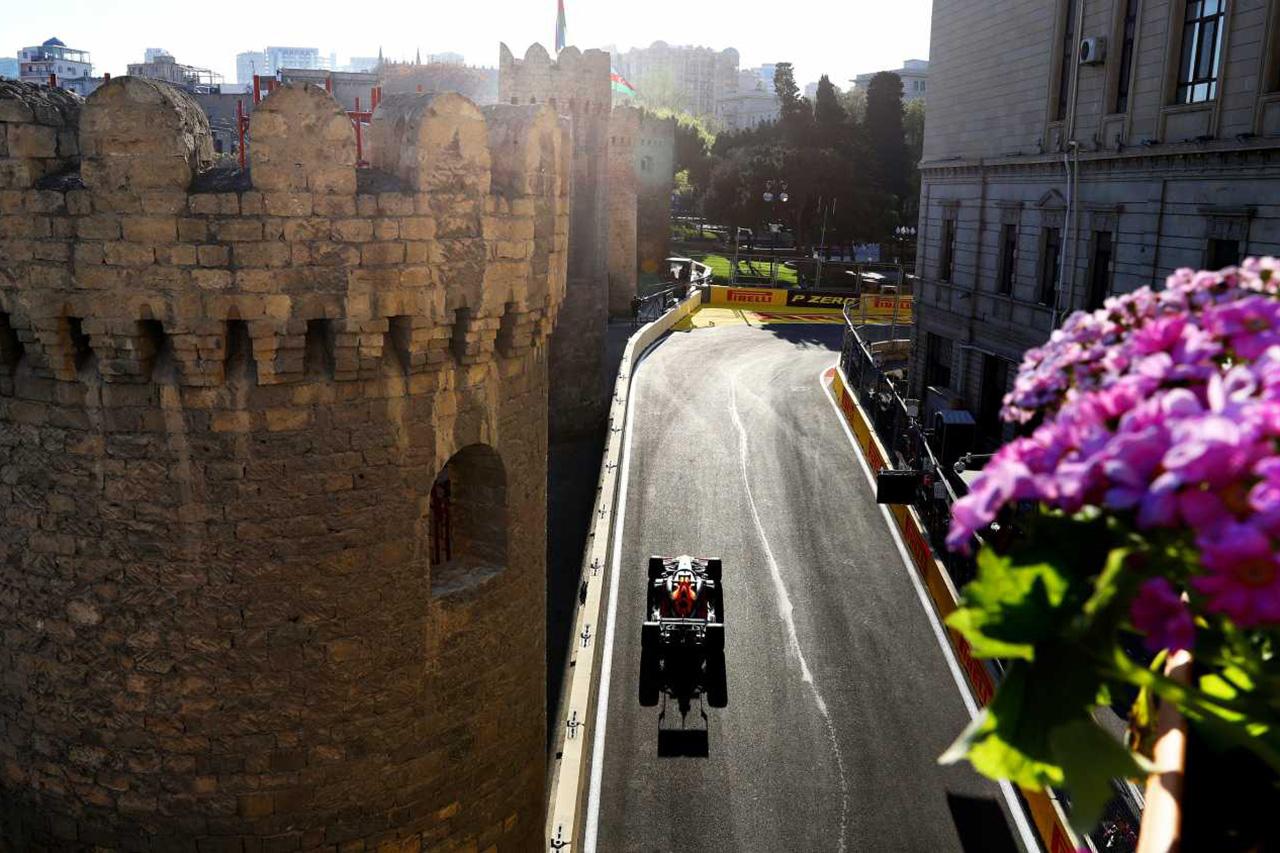 F1:2020年の開幕は6月の第8戦アゼルバイジャンGP?
