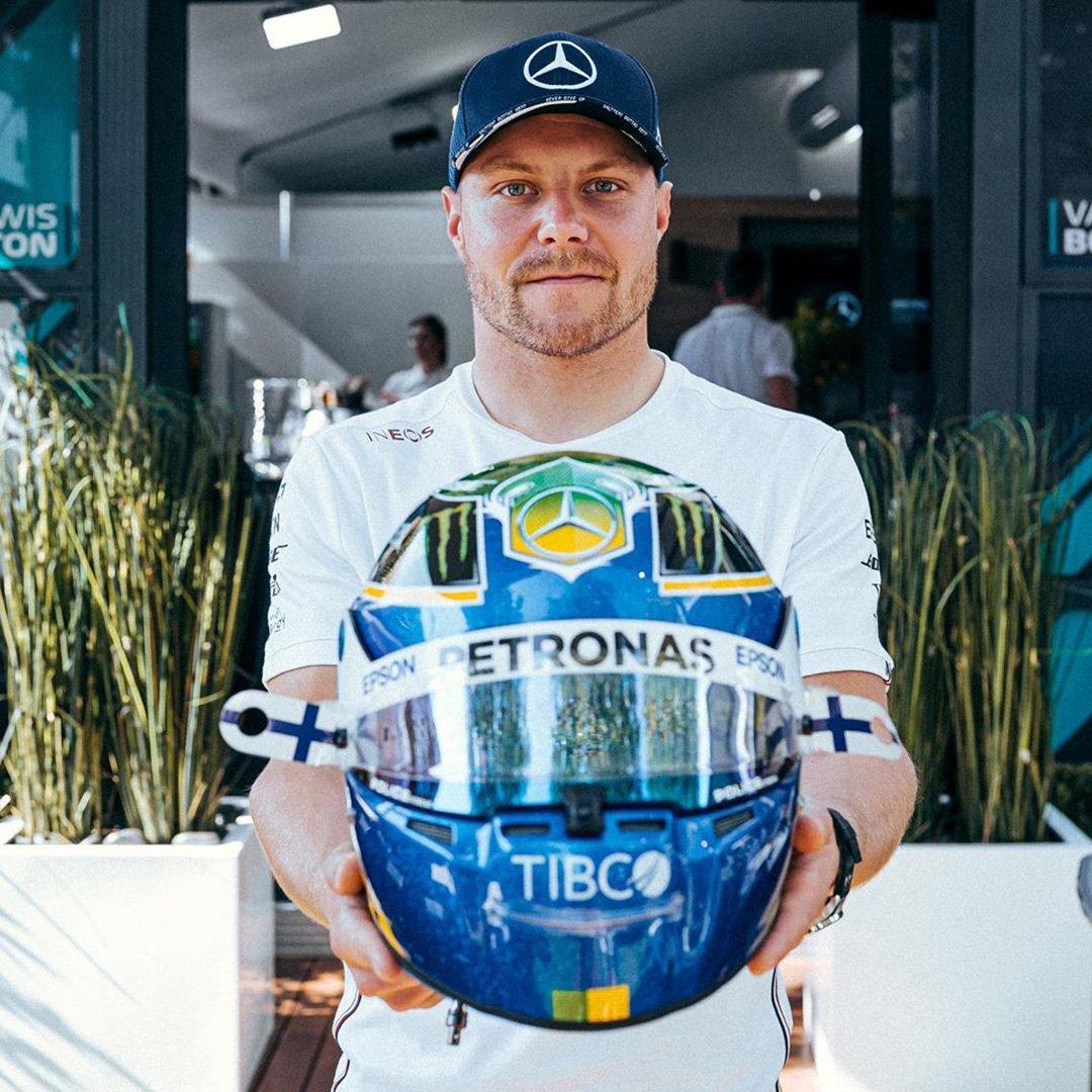 バルテリ・ボッタス 2020年 F1オーストラリアGP ヘルメット(メルセデスF1チーム)