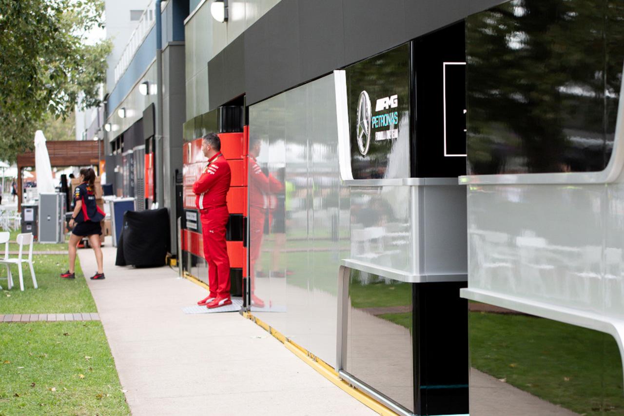F1チーム、サマーブレイクの前倒しに合意との報道に激怒?