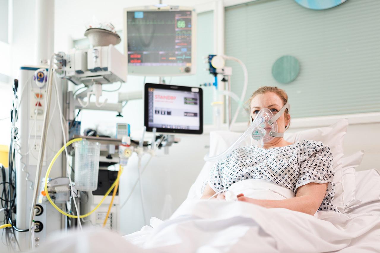 メルセデスF1チームが開発した呼吸補助装置が大量生産の承認を取得
