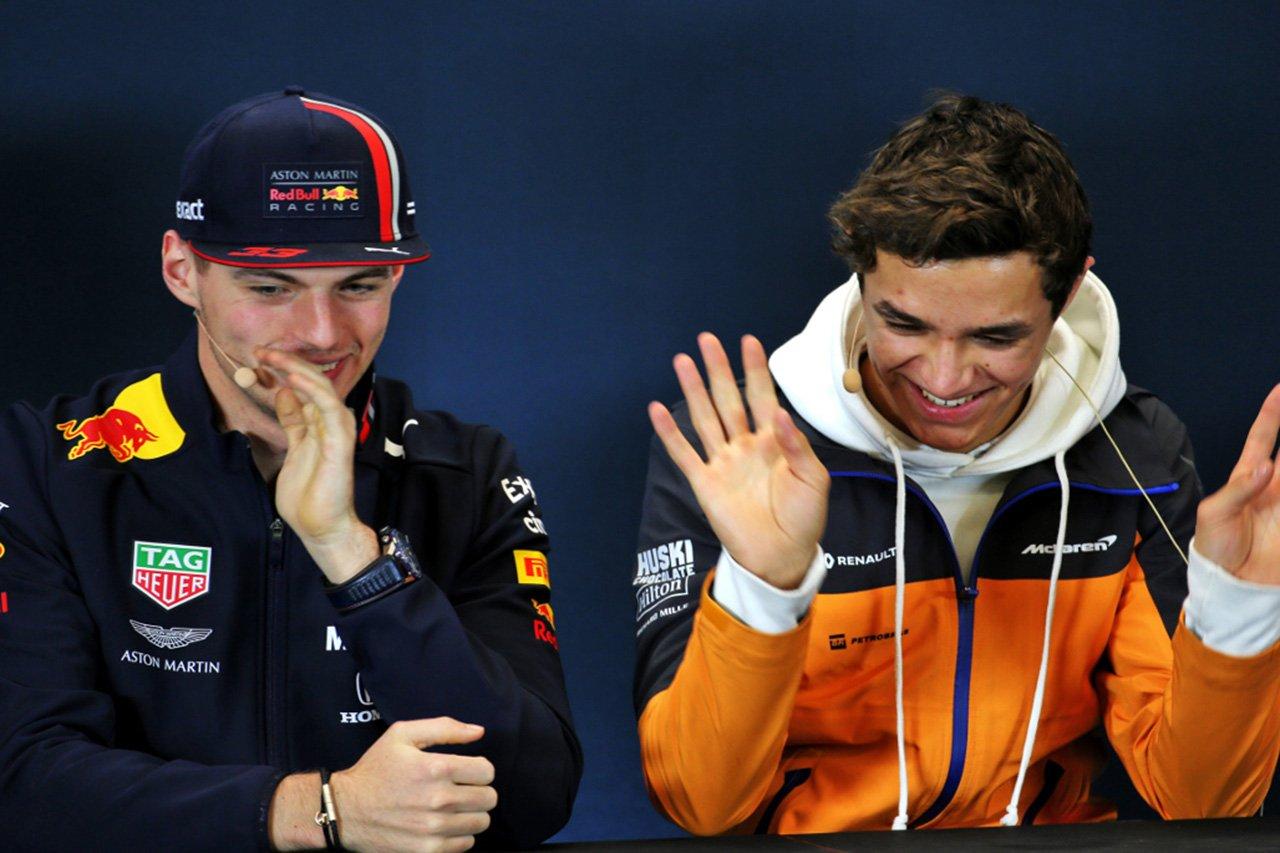F1:フェルスタッペン、故障のノリスに「F1 2019なんて捨てちゃえば?」 / F1バーチャルGP