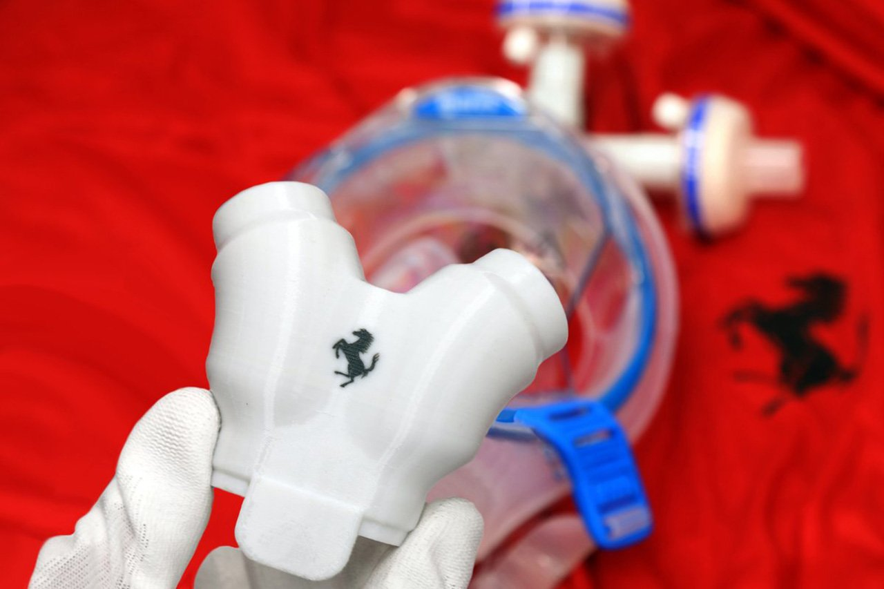 フェラーリF1、人工呼吸器用バルブと防護マスクを生産 / 新型コロナウイルス