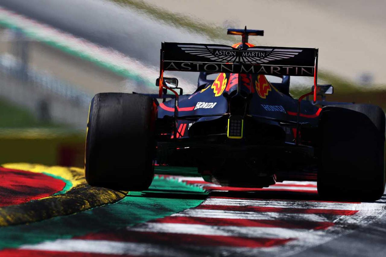 Photo of メルセデスF1、レッドブルのレース再開にむけた努力を称賛 | F1-Gate.com