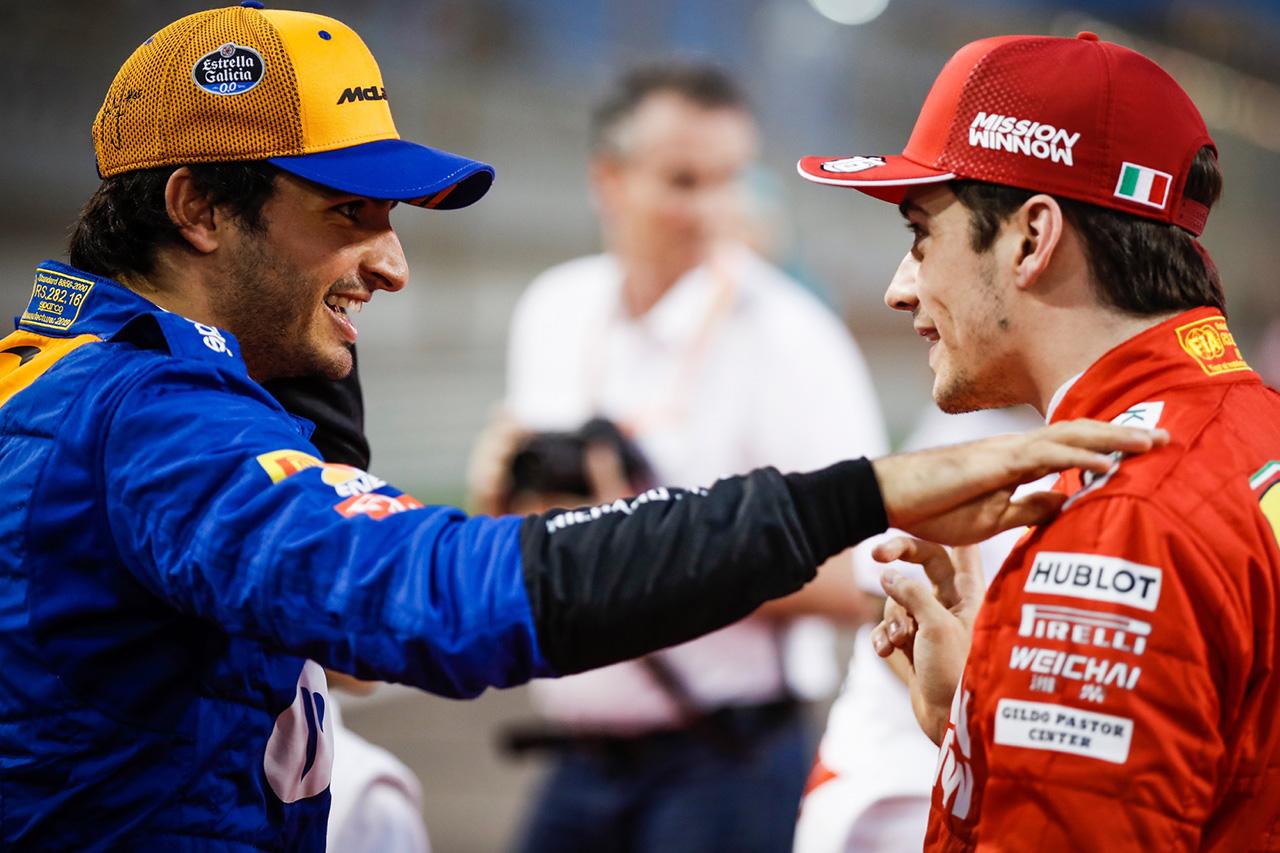 「カルロス・サインツはフェラーリのナンバー2の役割に満足するだろう」とバーニー・エクレストン
