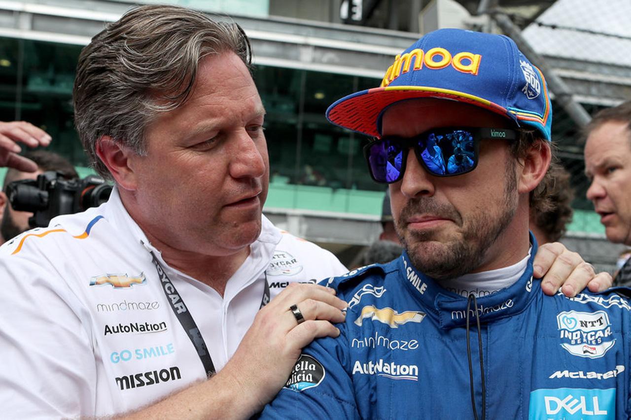 ザク・ブラウン 「アロンソはルノーのF1マシンに乗りたがるだろうか?」