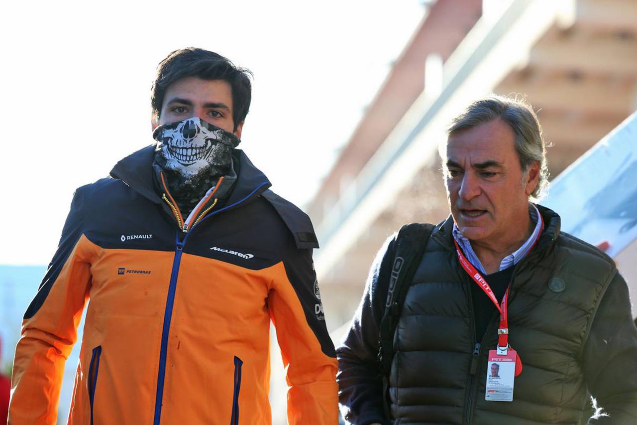 「カルロス・サインツはフェラーリF1のファンを驚かせる」と父親