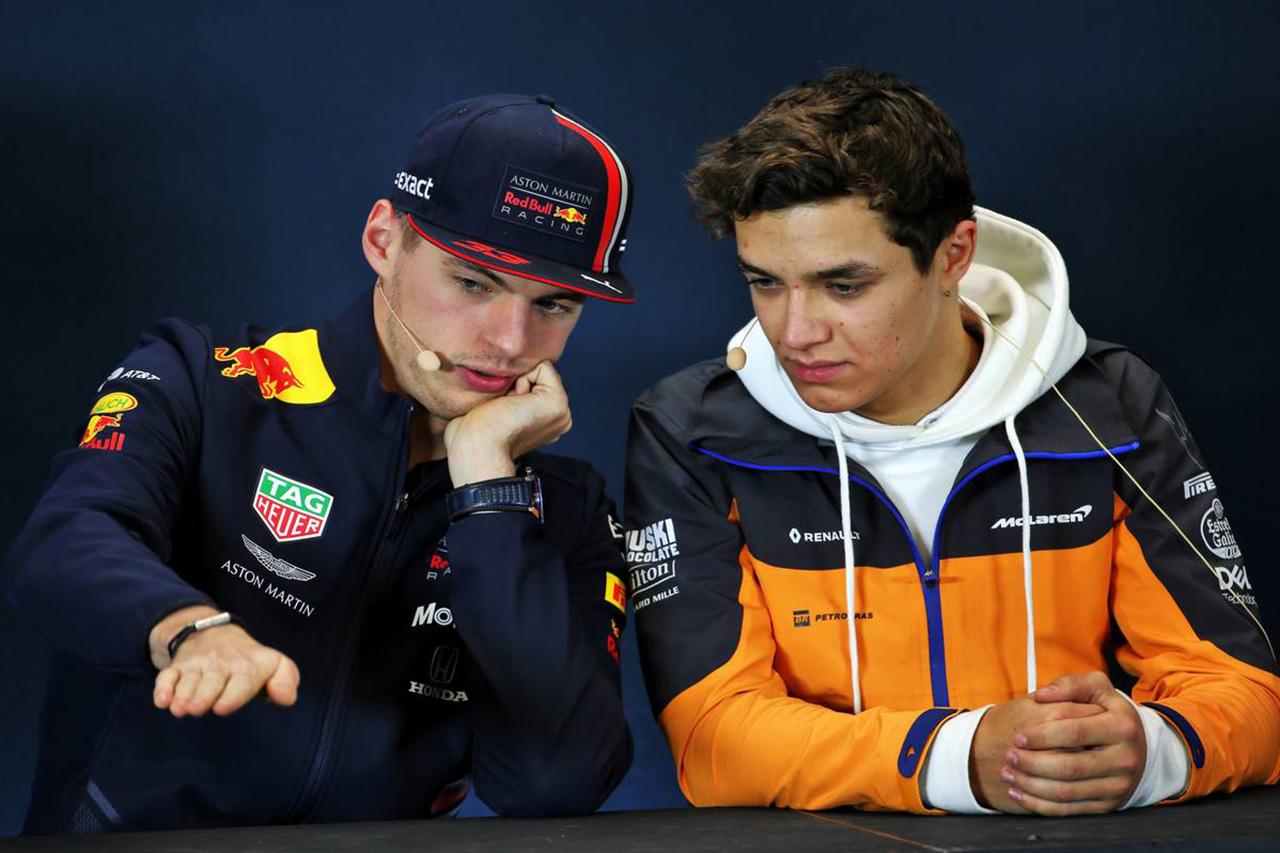 フェルスタッペンとノリスがバーチャル24時間レースで共闘 / F1ニュース