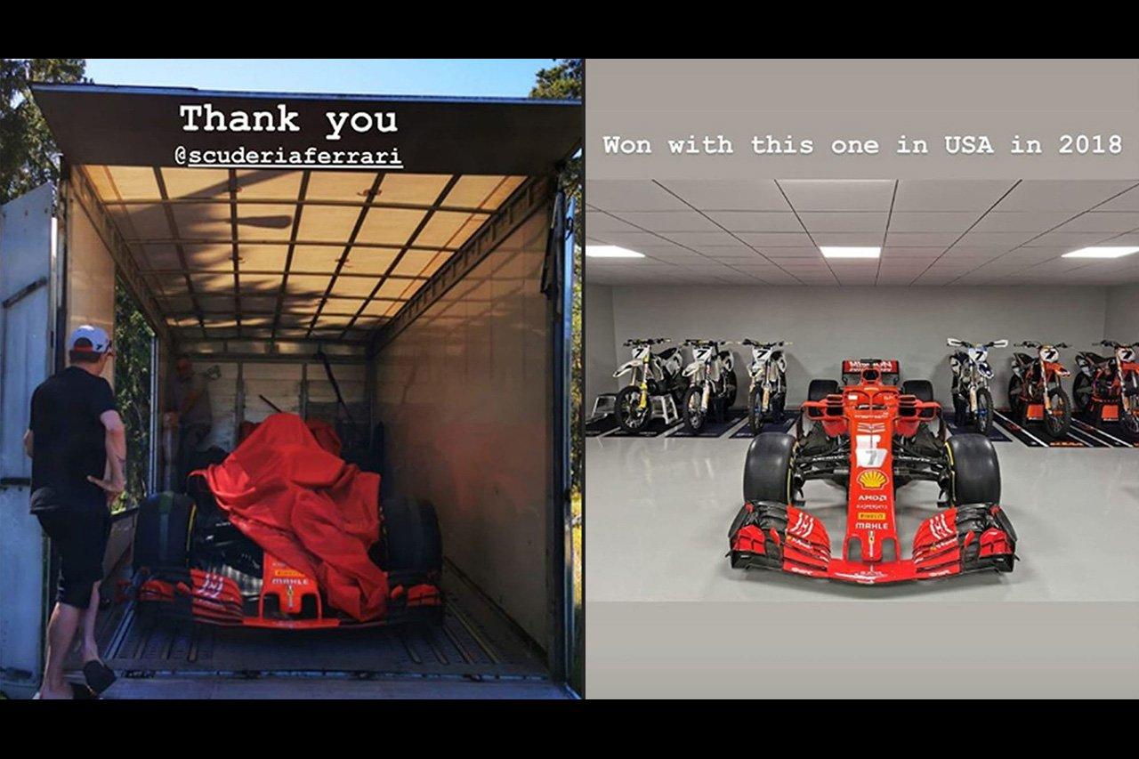 フェラーリF1、キミ・ライコネンに勝利マシン『Ferrari SF71H』を贈呈