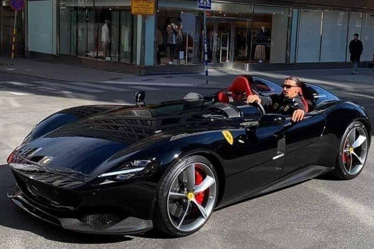 マックス・フェルスタッペン、2億円のフェラーリ・モンツァSP2を購入 / レッドブル・ホンダF1