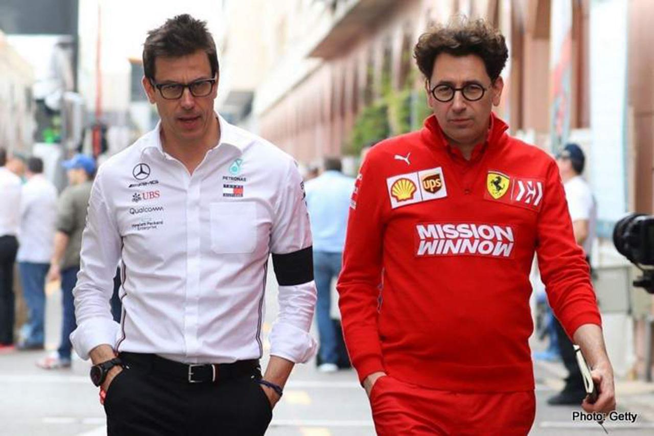 フェラーリF1代表が反論 「メルセデスのドライバー決定が遅すぎるだけ」