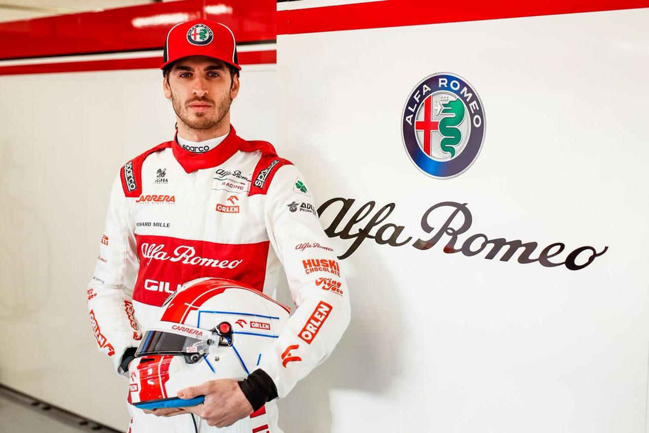 アントニオ・ジョビナッツィ 「今年はライコネンを倒さなければならない」 / アルファロメオF1