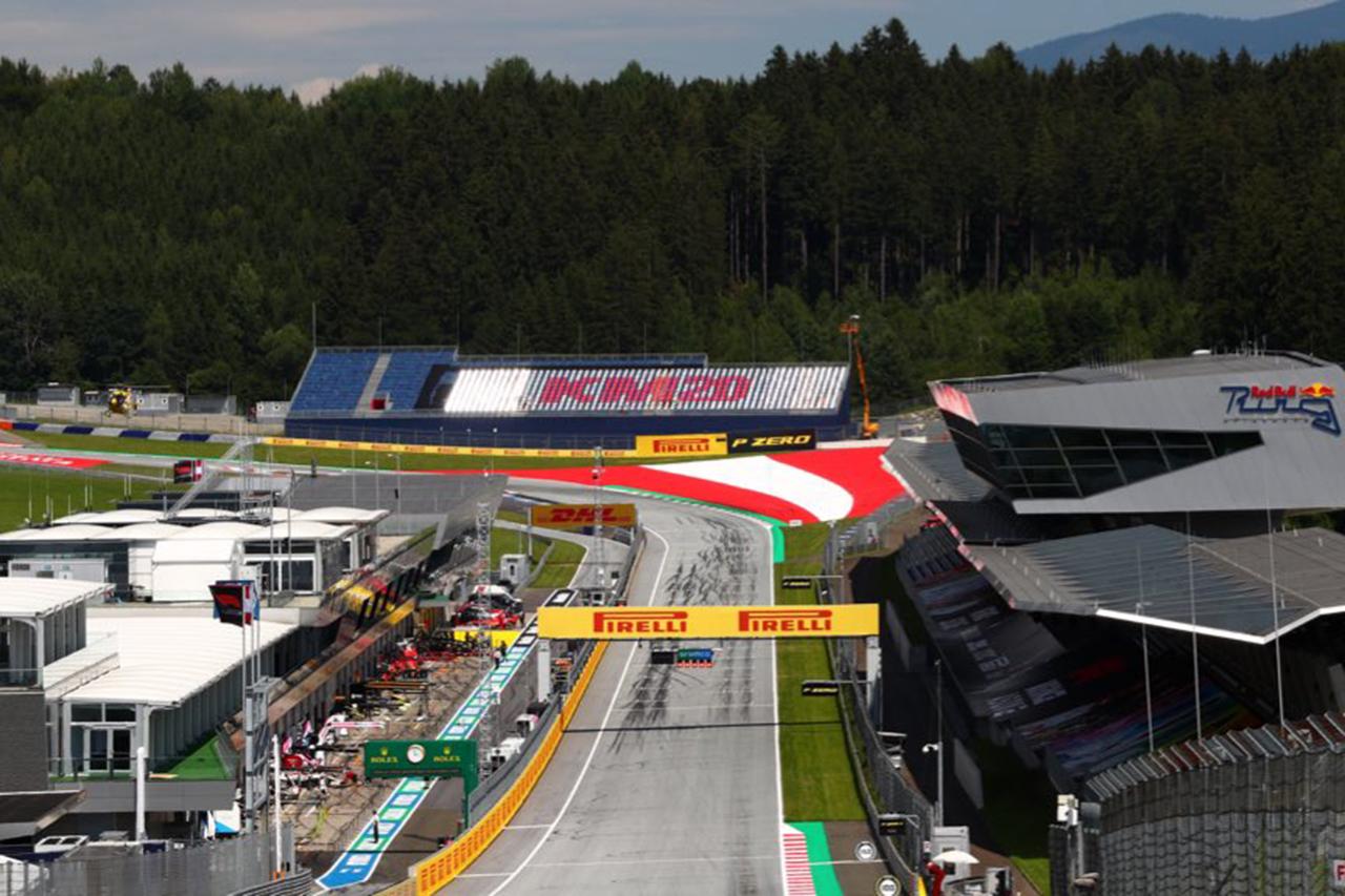 F1シュタイアーマルクGP:インタラクティブファンスタンドを設置