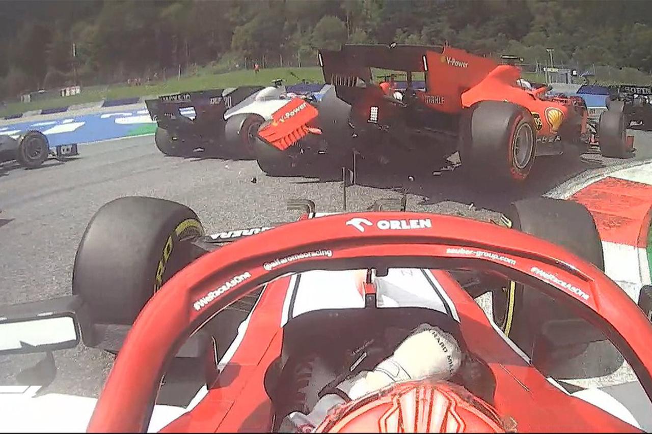 【動画】 フェラーリF1勢がオープニングラップで同士討ち / F1シュタイアーマルクGP