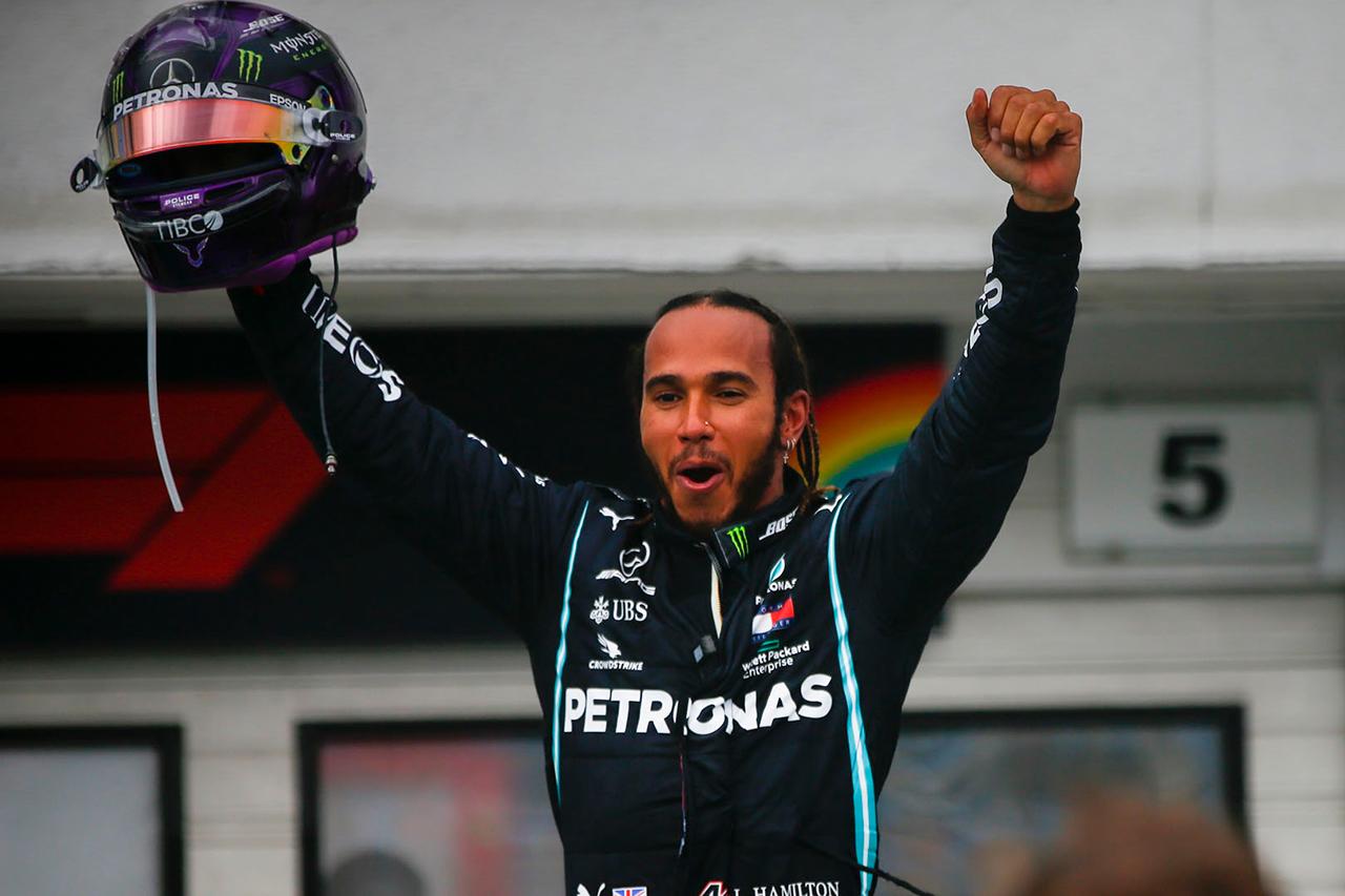 """ルイス・ハミルトン 「ファステストラップは""""必要なリスク""""だと感じた」 / メルセデス F1ハンガリーGP 決勝"""