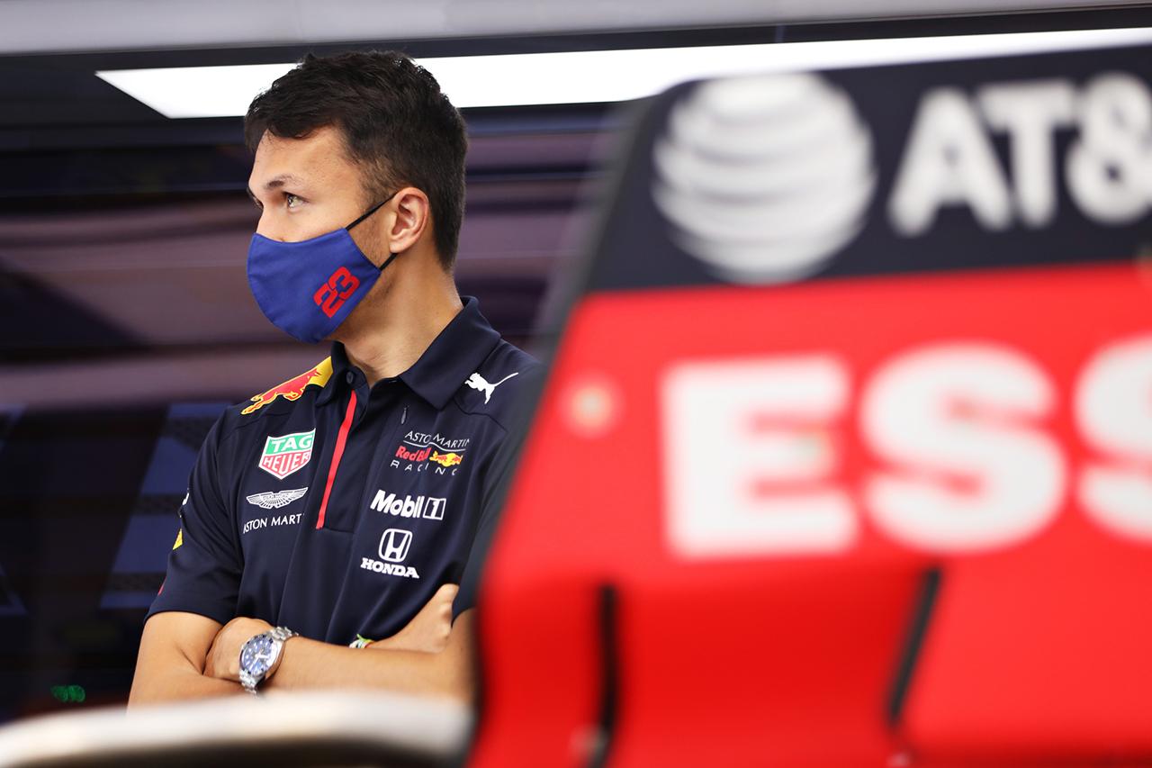 アレクサンダー・アルボン 「予選トリムを攻略すればレースは戦える」 / レッドブル・ホンダF1 イギリスGP プレビュー