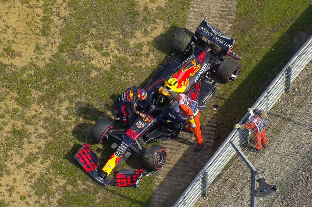 【速報】 F1イギリスGP FP2 結果:アルボンが2番手も中盤にクラッシュ