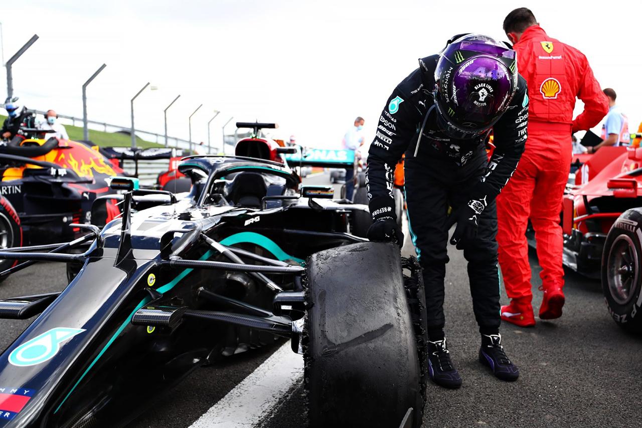 F1 Topic:ルイス・ハミルトンの3輪フィニッシュは規約違反ではない?