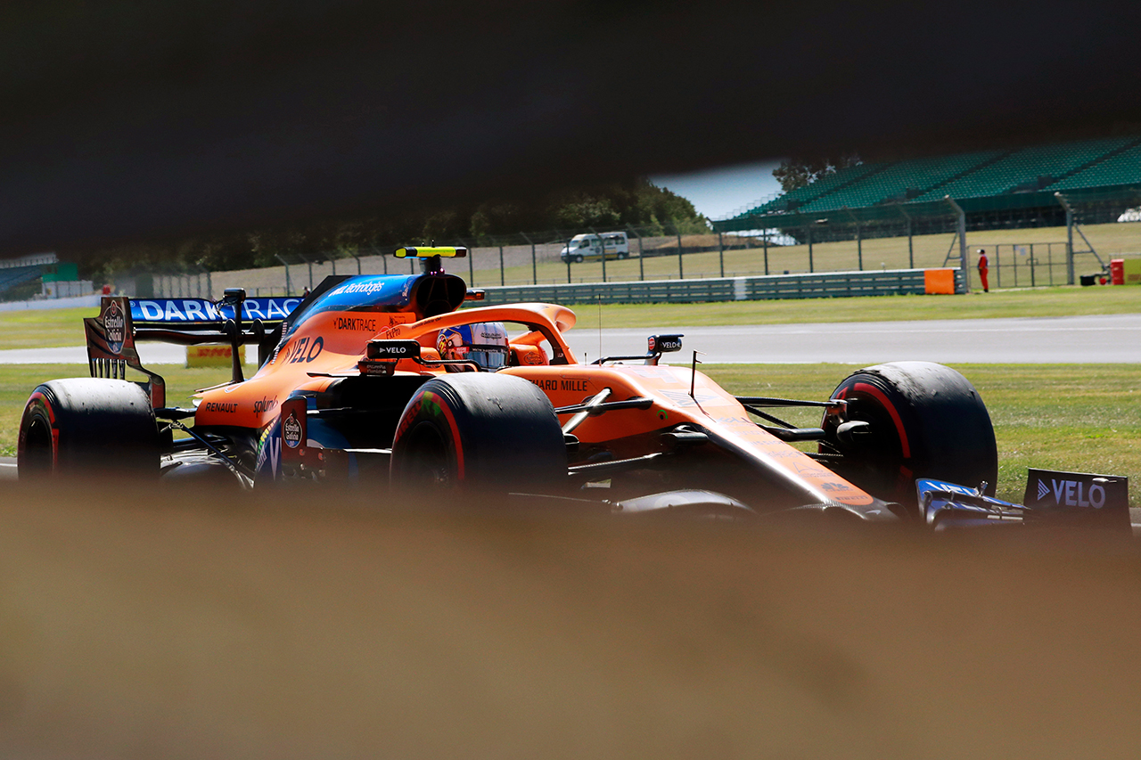 ピレリ、タイヤ選択への批判に反論 「F1側からの要請に従っただけ」 / 70周年記念GP